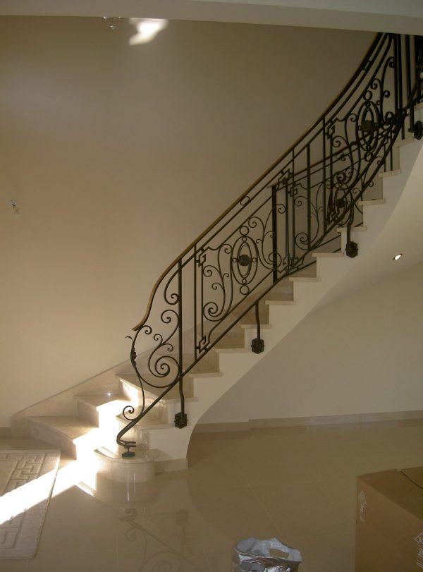 escalier rennes conception et pose avec galoger. Black Bedroom Furniture Sets. Home Design Ideas